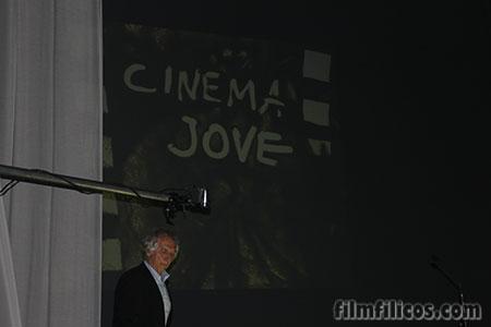 Cinema Jove 2014 - Gala de inauguración con el artista de la arena  Ferenc Cakó