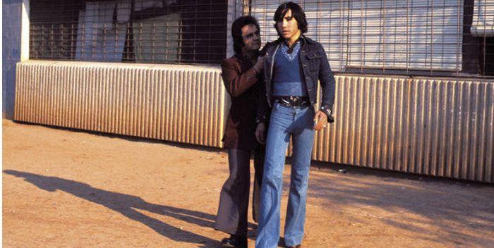 Crítica de la película Perros callejeros del género cine quinqui en filmfilicos el blog de cine