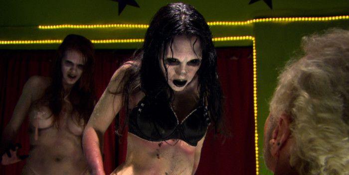 Crítica mierdipeli Zombie strippers