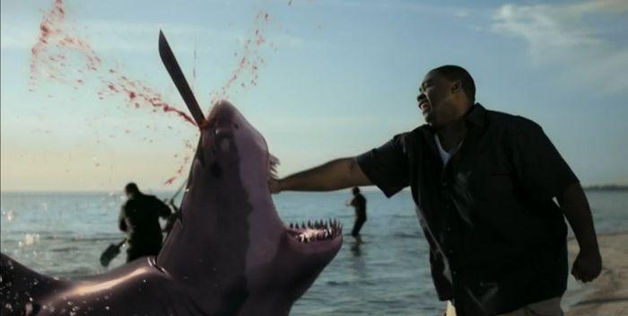 Crítica película Tiburón zombie. Nueva mierdipeli en el blog de cine