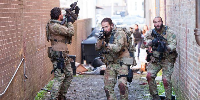 Crítica película Navy Seals vs Zombies