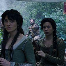 Anna Castillo en la película Oro