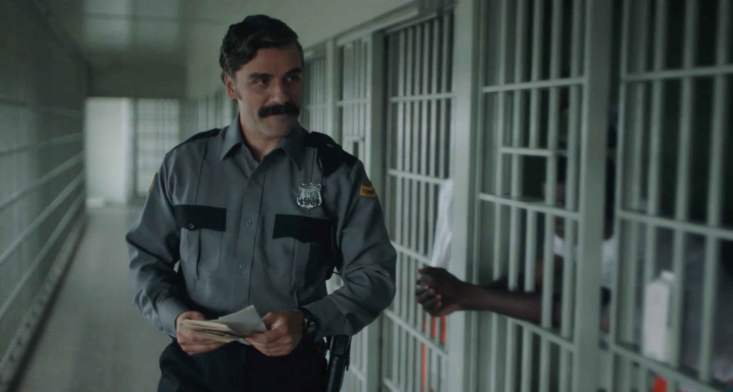 Oscar Isaac en The Letter Room 2021 - Filmfilicos blog de cine