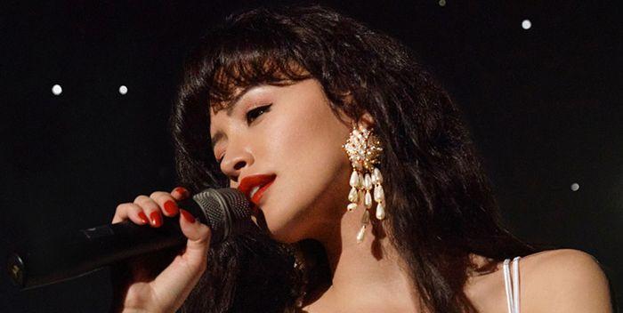 Selena: La serie | Reseña en filmfilicos