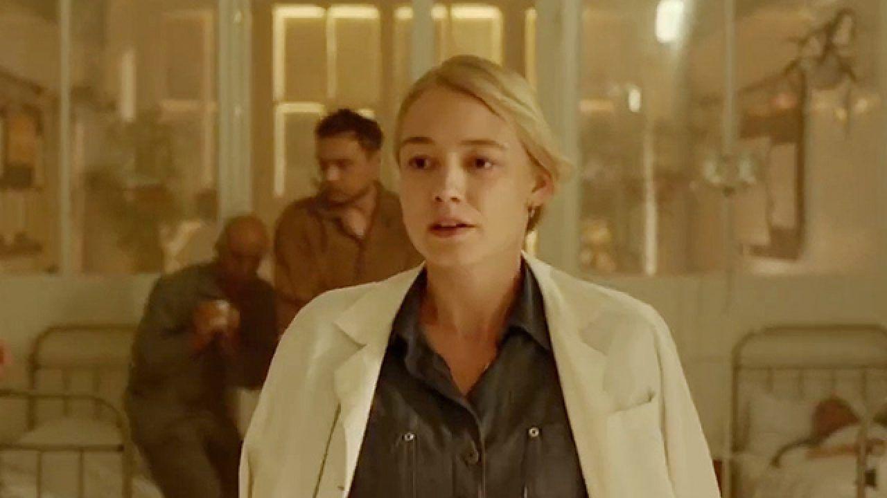 Oksana Akinshina en Chernobyl Abyss 2021 filmfilicos