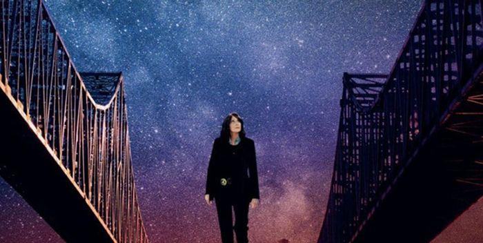 Crítica de la película Out Of Blue (2018) para filmfilicos blog de cine